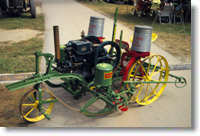 Self-propelled corn planter